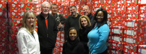 Toronto Star staff become elves and deliver boxes form the warehouse