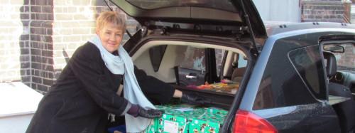 Councillor Paula Fletcher joins in on Elf duty!